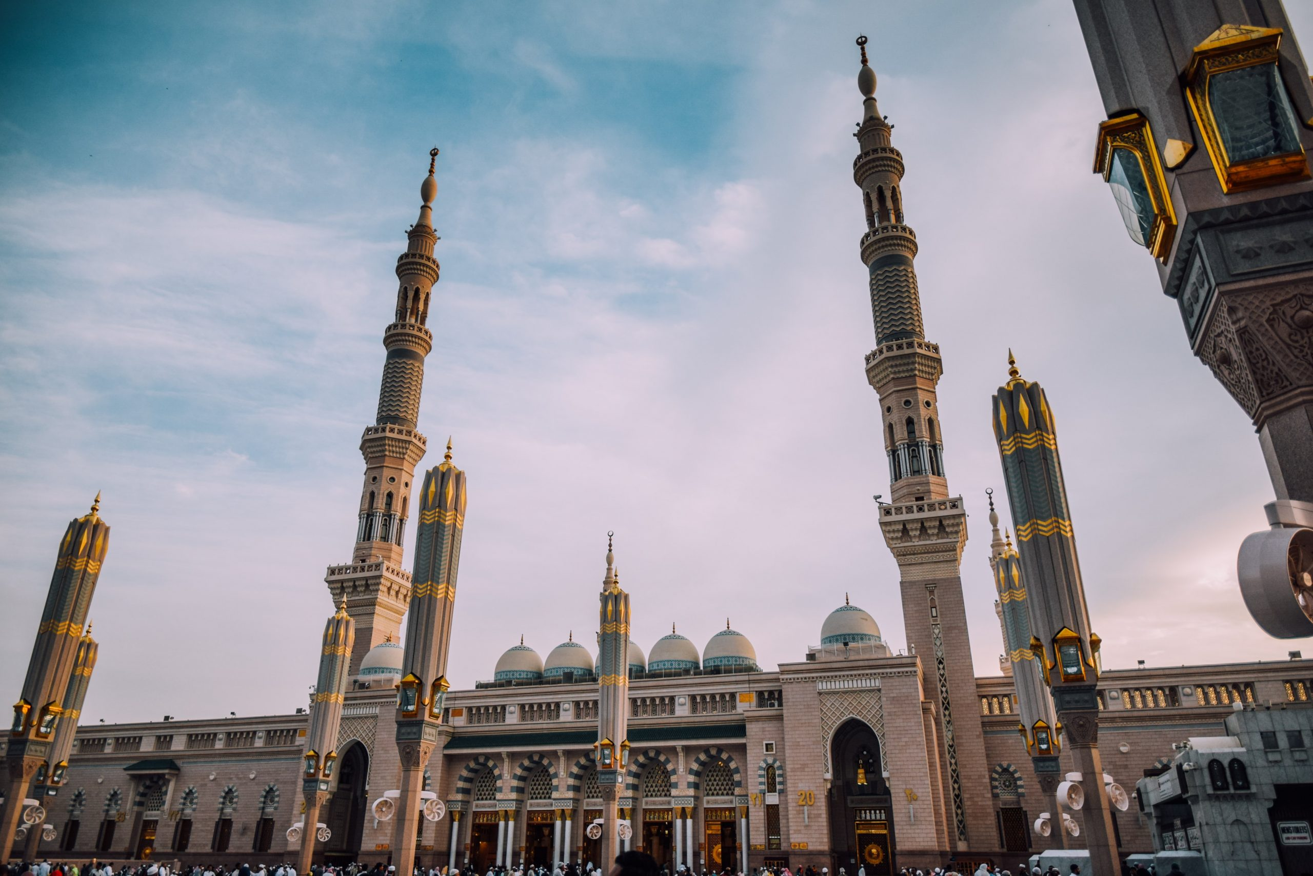Nabawi Mosque in one of the Saudi Arabia cities you should consider expanding your business to.